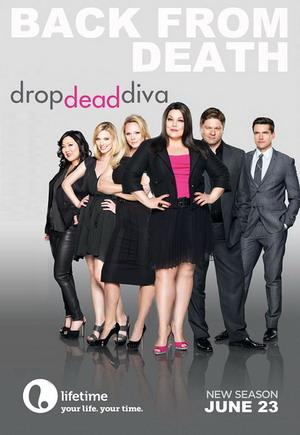 Drop dead diva season 5 dvd box set buy drop dead diva dvd for Drop dead diva season 5