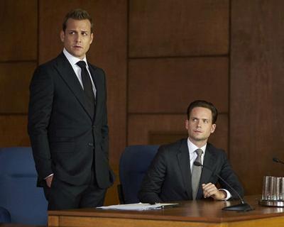 Suits Seasons 1-6 DVD Box Set